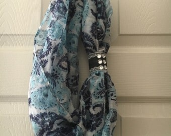 Light weight infinity scarf with removable rhinestone cuff