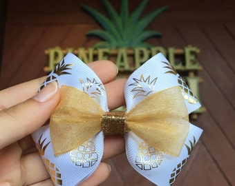 Gold Pineapple Bow