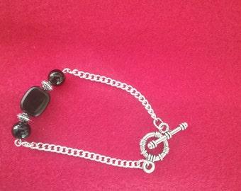 Onyx and Jet silver bracelet, beaded silver bracelet, onyx and silver jewelry, onyx jewelry, silver bracelet, jet and onyx toggle bracelet