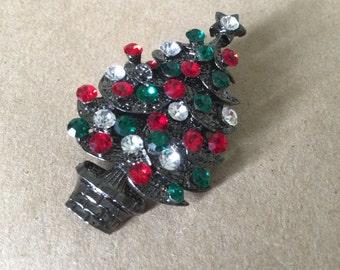 Vintage Rhinestone Christmas Tree Pin Sparkly Christmas Brooch Costume Jewelry