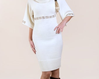 Knitted dress with embroidery 4398