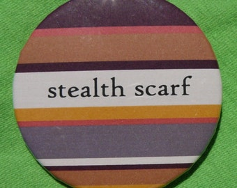 Stealth scarf button
