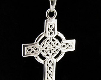 Sterling Silver Celtic Cross Pendant & Chain
