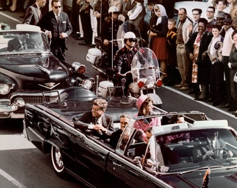 President John F. Kennedy and Wife Jacqueline in Dallas Motorcade on November 22, 1963 - 5X7 or 8X10 Photo (ZZ-127)