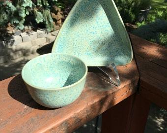 Dish and bowl set of 2