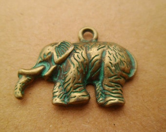 20pcs High Quality LUCKY Turquoise Verdigris Patina Elephants Pendants Charms Boho Gypsy 29 x 16mm 0201-0203