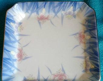 Japanese Iris Motif Square Dish