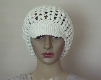 fall to winter hat with visor, newsboy hat