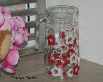 Vintage red and white, English vintage pitcher