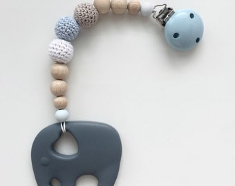 Bite necklace with crochet beads