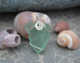 Wrapped aqua seaglass with swirl
