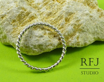 Tiny Silver Rope Ring, Round Rope Ring, Twisted Ring, Braided Sterling Ring, 925 Silver Twist Ring, Stacking Twisted Ring, Polished Ring