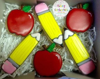 Teacher Appreciation Back to School Apples - 1 Dozen (12 Cookies)