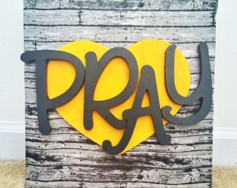 PRAY Wall Decor