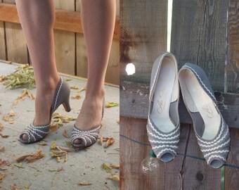 1950s Vintage Heels // Gray Ric Rac  50s Heels // Vintage 50s Heels // Vintage Air Step Heels // Vintage Peep Toe Heels