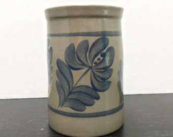 Beaumont  Bros. Pottery Vine Or  Leaf Design Pot Or Vase 51/4in
