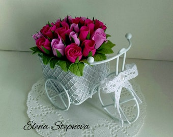 Flower arrangement in a bicycle
