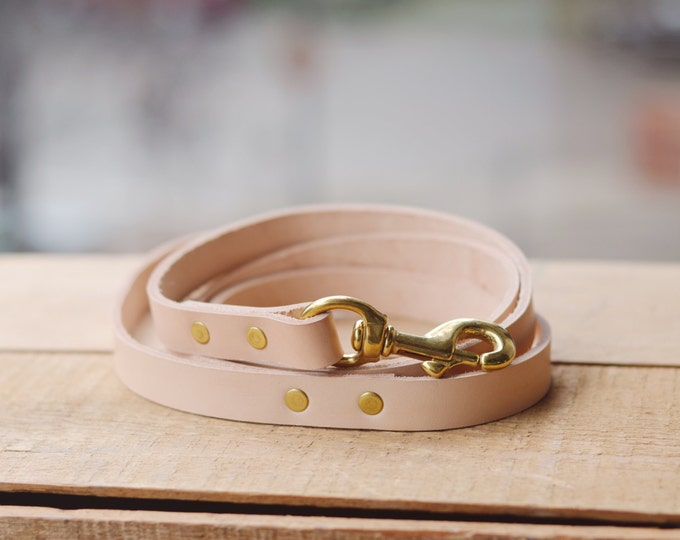 Natural leather leash