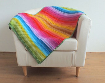 Crochet blanket-Rainbow stripe with design