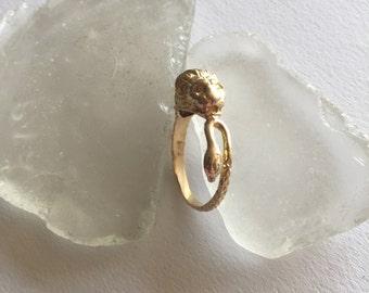 14k yellow gold lion ring