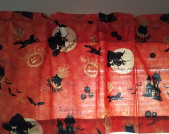 Valance Halloween Witches