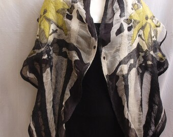 """Nuno felted scarf """"Mysterious"""""""