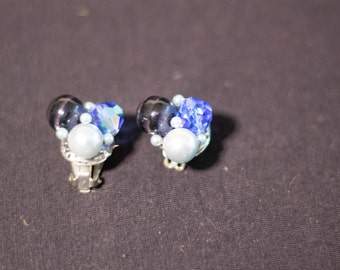 Vintage Silver Tone Blue Cluster Clip Earrings