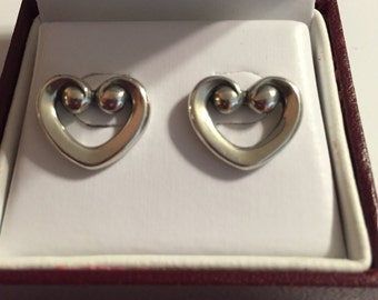 James Avery vintage Enduring Heart post earrings