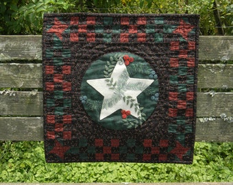 Winterberry Star-Wool Applique Quilt Pattern