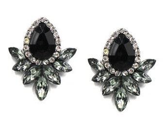 Vintage Black Crystal Stud Earrings EA6011i