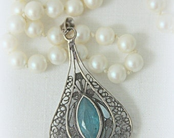 Vintage Silver Pendant with Filigrain and Tourmaline Stone