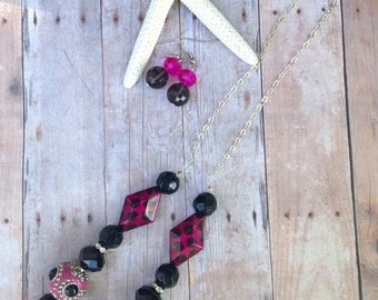 Pink, black beaded necklace, earring set
