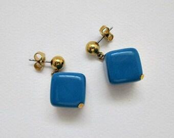 Avon 1987 Cubic Style Vintage Pierced Earrings - 5.00 Vintage Avon Earrings Jewelry