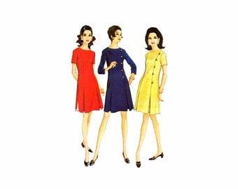 1960s Inverted Pleat Dress McCalls 9193 Vintage Sewing Pattern Full Figure Half Size 22 1/2 Bust 45 Uncut