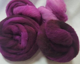 NEW Hand Dyed Gradient Fiber Set - US Polypay Roving in Radical Raspberry  Semi Solid 4 ounces - Play With Your Fiber!