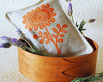 Organic Lavender Sachet -Daisy