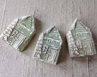 Green Cabin House Bead