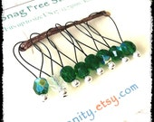 Snag Free Stitch Markers Large Set of 8 - Green Faceted Czech Glass - N57 - Fits up to size Us 17 (12.75) Knitting Needle