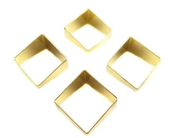 Gold Plated Tapered Square Tube Charms (4x) (K109-C)