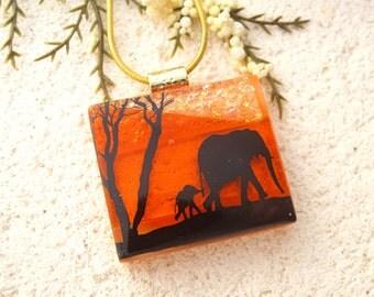 Elephant Necklace, Elephant Jewelry, Dichroic Jewelry, Fused Glass Pendant, Fused Glass Jewelry, Mother & Baby, Glass Necklace, 020316p101