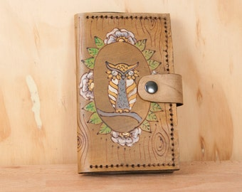 Coin Pocket Wallet - Small Womens Leather Wallet in the Emerson Pattern with Owl and Woodgrain - Antique Brown Leather