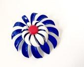 Enamel Flower Brooch. Vintage Enamel Brooch. Mod Flower, Bright Red White & Blue Daisy. 1960s Costume Jewelry. Flower Power Pin.