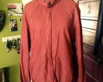 Vintage Maroon colored mens/womens 1980's members only style jacket. size M