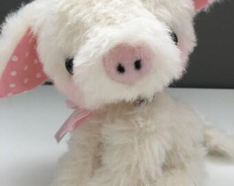 Babe piglet / pig pattern and Kit - by bear artist Jenny Lee of Jennylovesbenny bears PDF