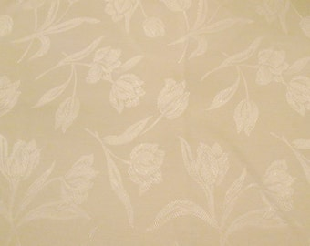 Vintage Creamy White Damask Tablecloth - Cotton Blend With Tulips - Wedding