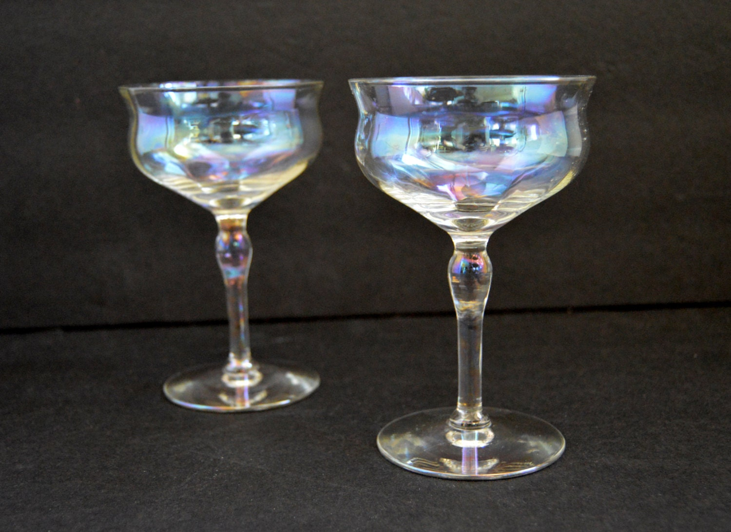 iridescent champagne coupe glasses vintage aurora borealis. Black Bedroom Furniture Sets. Home Design Ideas