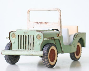 Vintage Green Jeep Toy by Tonka