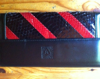 red and black leather vintage anne Klein by St. thomas  wallet nice