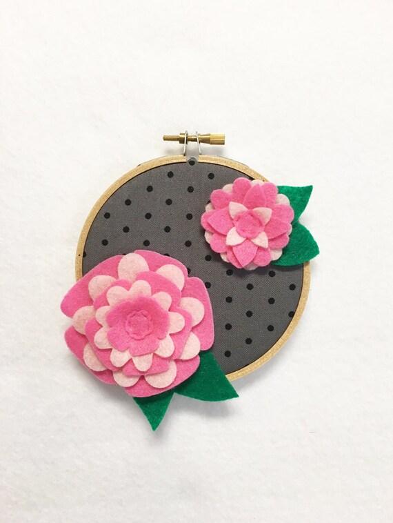 Fabric Wall Art, Embroidery Hoop Art, Pretty Pink, Floral Wall Decor, Hoop Wall Hanging, Felt Flower Hoop, Wedding Decor