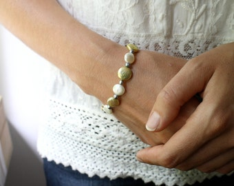 Coin Pearl Bracelet . White Pearl Bracelet Beaded . Multi Color Bracelet . White Freshwater Pearl Bridal Bracelet - Decca Collection NEW